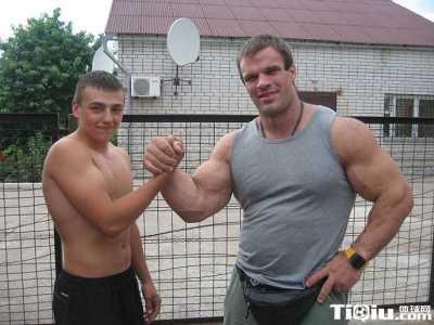 腕力训练 提高腕力和指力的最有效训练