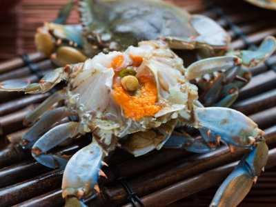 螃蟹的吃法图解 生猛的吃法最带劲儿