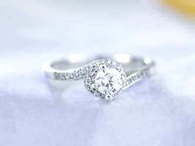 结婚戒指怎么戴 婚礼上的交换戒指仪式